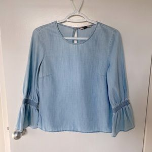 Tommy Hilfiger Chambray Top with 3/4 bell sleeves